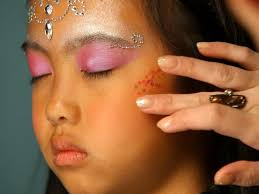 adding glitter to fairy princess makeup