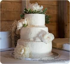 Creative Wedding Cakes Laduke Photography