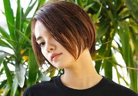 前髪ありor前髪なしストレートショートでいつでも美人スタイルに