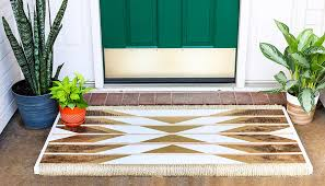 how to make a diy doormat out of wood and rope