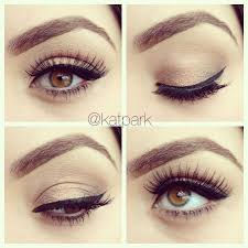 description simple eye makeup