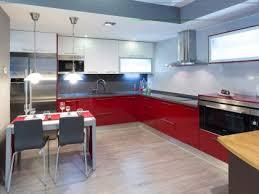 Nuestros Carpinteros Te Enseñan Cómo Dar Un Aire Nuevo A Tus Decorar Muebles De Cocina