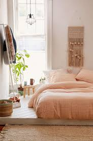 Peach Bedroom Decorating 17 Best Ideas About Peach Bedroom On Pinterest Peach Colored