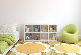 children bedroom design with flower shaped rug
