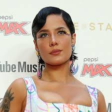Many of you know ive done my own makeup for a long time. Halsey Voices Her Support For People With Bipolar Disorder