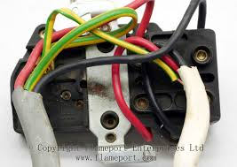 plastic mk cooker switch and 13a socket outlet 4-Way Switch Wiring Diagram at Mk Cooker Switch Wiring Diagram