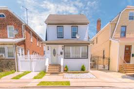 91 25 211th st 2 queens village ny