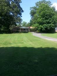 Best Location In Cleveland, TN! Approx. 6 Miles To Amazon And Approx. 7  Miles To Wacher! 3 Large Bedrooms, 2 Baths. Two Gas Log Fireplaces.