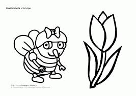 Dessin A Colorier De Fleur Concernant Fleur A Dessiner Facile Tout Fleur Tulipe Coloriage L