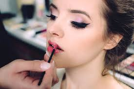 can makeup artistry be a stimulating and profitable career choice