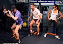 ronaldo shows off new cr7 crunch fitness gym