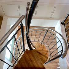 Wir zeigen, wie sie ihre treppe ganz einfach entknarren und wieder fit machen. Moglichkeiten Der Treppensanierung Oberborsch Design