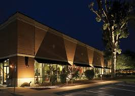 Residential Exterior Lighting Maintenance And Installation - Exterior residential lighting