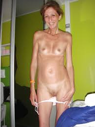 Skinny small tit mature pictures