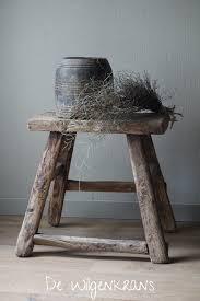 Stoere Oude Houten Kruk Passend In Een Rustiek Interieur Crindel