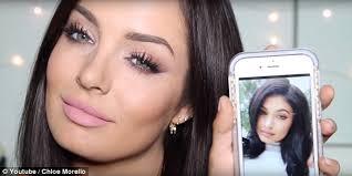australian vlogger and make up artist chloe morello has