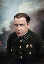 2 ая Мировая война Белые солдаты и офицеры на полях сражений и Советские летчицы Крым 1944 г