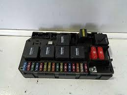 fuses fuse boxes gentlemen of salvage 2007 2010 vw touareg 3 0 tdi 7l fuse box board as pictured