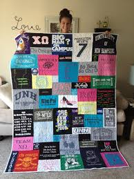 Best 25+ Shirt quilt ideas on Pinterest   Diy tshirt quilt, My t ... & Fun gift idea for Father's day! Quilt made from tshirts. Gather old high  school and college T-shirts and make a quilt. Adamdwight.com