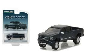 2018 chevrolet silverado centennial edition. perfect 2018 2018 chevrolet silverado centennial edition 164 scale by greenlight 29917 to chevrolet silverado centennial edition