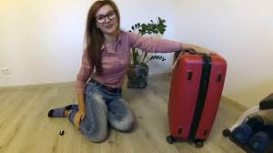 <b>Xiaomi</b> RunMi <b>90 Points</b> Suitcase Red 20'' / Обзор <b>чемодана</b> Сяоми