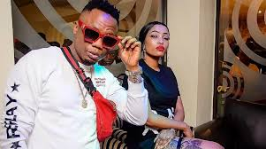 Sunday world reports that popular socialite and dj tira's wife, gugu khathi, has caused the real housewives of johannesburg season 3 to be cancelled. Dj Tira S Wife Gugu Khathi Faces Arrest After Sabotaging Rhoj Show By Beating Up Cast Member Surgezirc Sa News Chant South Africa