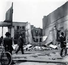 Seismologists say the line is long overdue a massive earthquake, which has been labelled as the big one. 1906 Earthquake Damage Downtown San Jose Calisphere