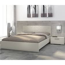 Places That Sell Bedroom Furniture 10 Best Kept Secrets For Selling Your Home Interior Design Styles