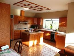 Kitchen Paint Color Ideas With Light Oak Cabinets