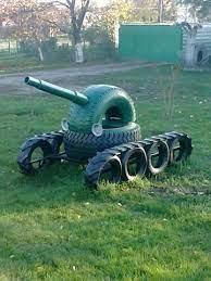 Der eigene kinderspielplatz im garten. Tank Metal Garden Art Spielplatz Kinder Kinder Spielzeug Garten Gebrauchte Reifen