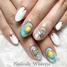 春夏ホワイトターコイズグレージュ Nailcafewisteriaのネイル