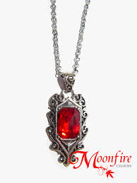 isabelle ruby necklace 1
