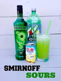 Best 25 Vodka Margarita Ideas On Pinterest  Classic Vodka Party Cocktails Vodka