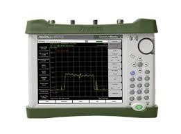<b>Портативный</b> анализатор спектра Spectrum Master MS2713E ...