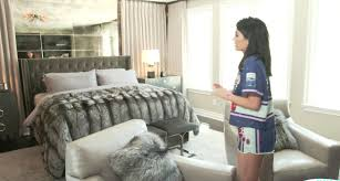 Skull Bedroom Decor Kylie Jenner Gives Tour Of Her Bedroom In New Calabasas House