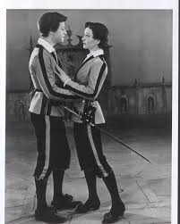 best twelfth night images twelfth night william  trader faulkner and vivien leigh as sebastian and viola in john gielgud 1955 production of twelfth night