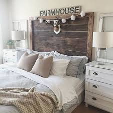 60 Warm and Cozy Rustic Bedroom Decorating Ideas