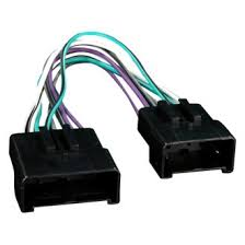 2015 ford mustang oe wiring harnesses stereo adapters at carid com metra® aftermarket radio wiring harness oem plug amplifier bypass and eliminator plug