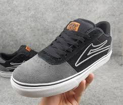 etnies shoes for men. authentic lakai bull turn fur skateboard shoes etnies men and women flat shoe for h