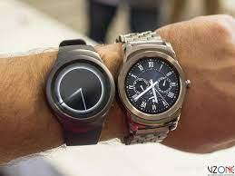 So sánh đồng hồ thông minh LG Watch Urbane và Samsung Gear S2 - Vzone.Vn