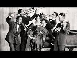 Mamie Smith - Crazy Blues (1920) - YouTube