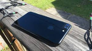 iphone 7 plus jet black scratches. here\u0027s how the jet black iphone 7 finish holds up without a case [updated] iphone plus scratches