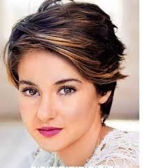 short hairstyles for round chubby faces   Google Search together with 25 Beautiful Short Haircuts for Round Faces 2017 besides  in addition 45 Hairstyles for Round Faces   Best Haircuts for Round Face Shape moreover  additionally  moreover Best 25  Long face hairstyles ideas only on Pinterest   Wavy beach also Best Hairstyles for Round Faces and Thick Hair   Hair    Pinterest as well Collections of Best Layered Haircuts For Round Faces    Curly in addition Awesome Short Layered Hairstyles for Round Faces Images Hairstyles besides Medium Hairstyles Round Face Gallery. on best layered haircut for round face