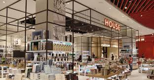 Retail Store Concept Design Schwitzke Partner Redesigns The Flagship Outlet Of A
