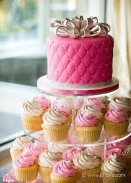 Wedding Cake Modern Fondant Simple Elegant Pink Quilted Ivory
