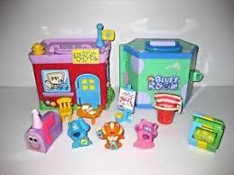 mailbox blues clues toy.  Toy BLUESCLUESPlaysetFiguresSCHOOLampROOMCat And Mailbox Blues Clues Toy A