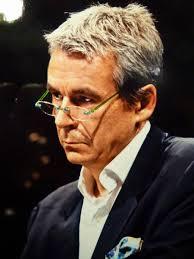 Who is Eric Scherer? | Forum d'Avignon