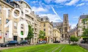 reasons to choose the pre college programme sciences po  10 reasons to choose the pre college programme the city of reims photo pk inspiration 06 shutterstock