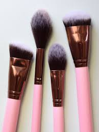 luxury makeup brushes