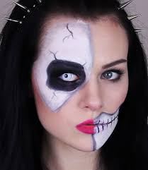 skeleton half skull makeup tutorial for easy and quick for applying after work